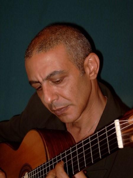 ירון חסון  Agua e Vinho /  מים ויין   קונצרט סולו לגיטרה