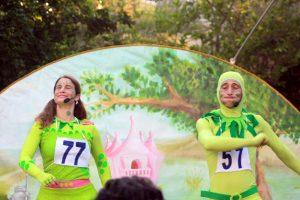 """""""נסיכת הביצה והירח"""" - תיאטרון הצפרדע"""