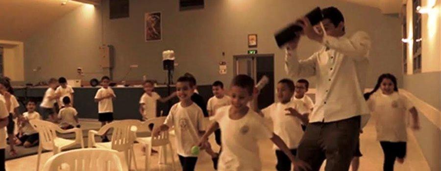 גיא מינטוס- וידאו חדש בהקרנה חגיגית ומופע סולו+