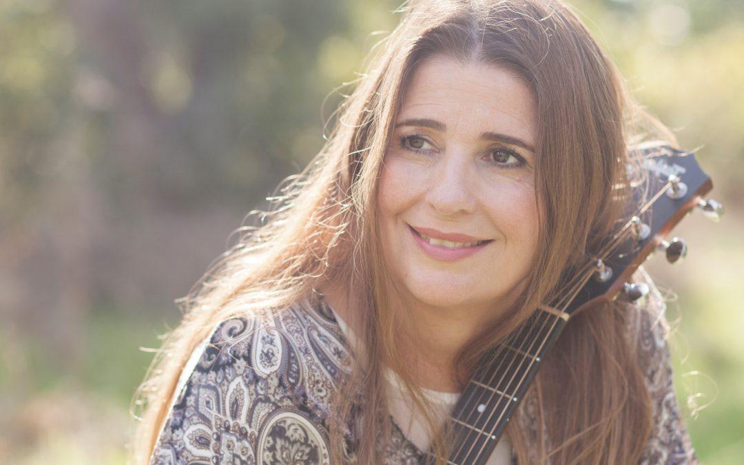 מירב גולד במופע השקת האלבום הַקּוֹל (הַכֹּל) שבּתוֹכי