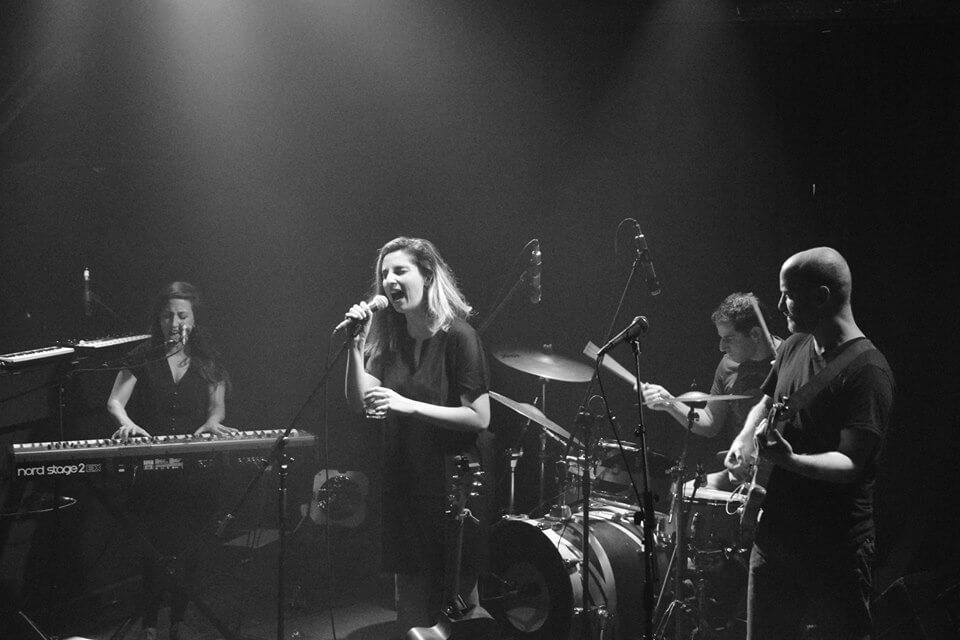 אפרת קולברג - מופע להקה חשמלי עם האלבום החדש